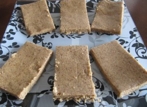 Lara bars nutty coconut  (4)2