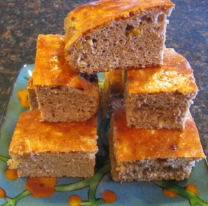 apple cinnamon protein cake